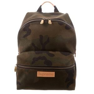Louis Vuitton x Supreme Camoflauge Apollo Backpack